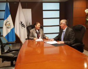 Fiscal General y Comisionado sostienen primera reunión de trabajo bilateral